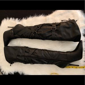 ALDO DAIN Tall Black Boot Size 37